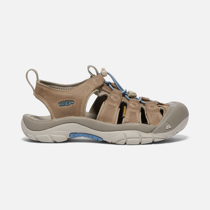 Women's Newport in SAND TRAP/PROVINCIAL BLUE - large view.