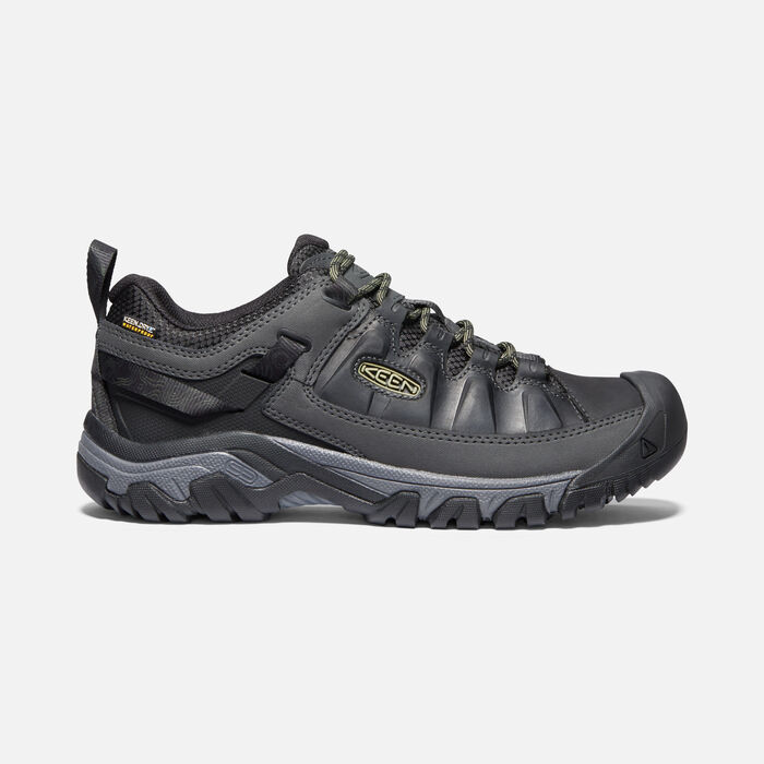 Targhee III Waterproof Wanderschuhe für Herren in Black/Olive Drab - large view.