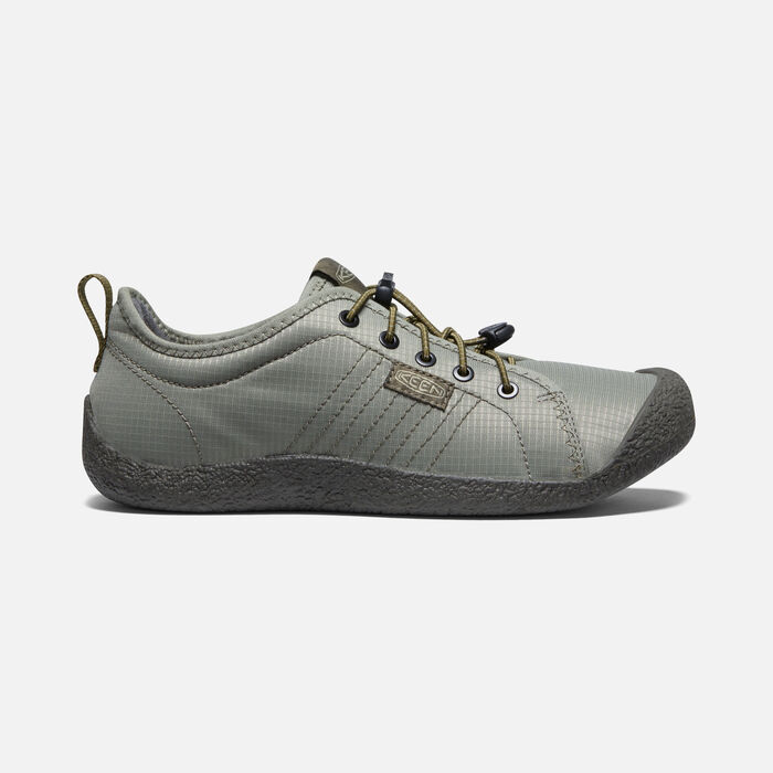 Men's Howser Lace Shoe in Pale Olive/Dark Olive - large view.