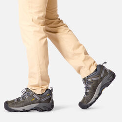 MEN'S TARGHEE II HIKING SHOES in  - on-body view.