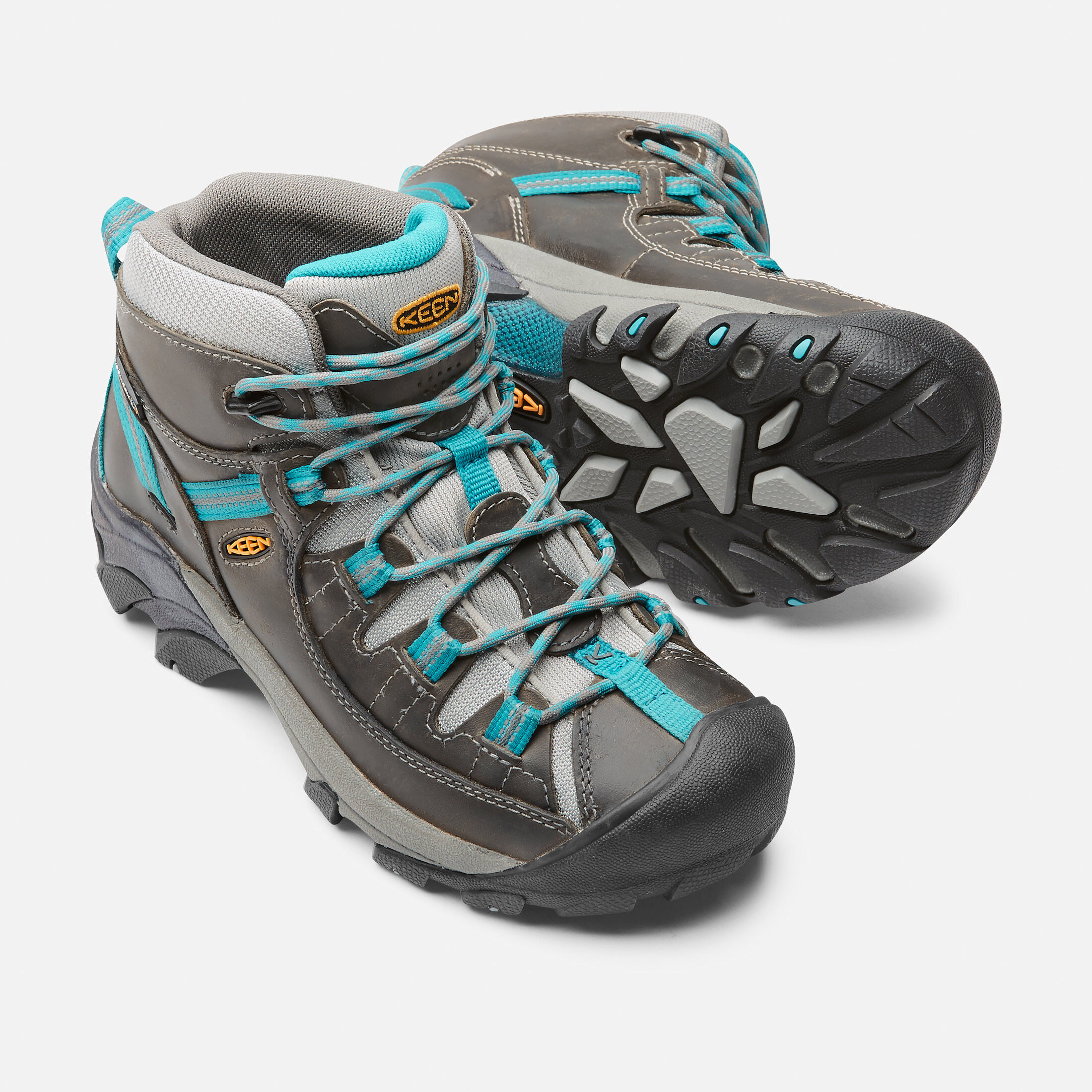 Best Beginner Hiking Boots For 2020