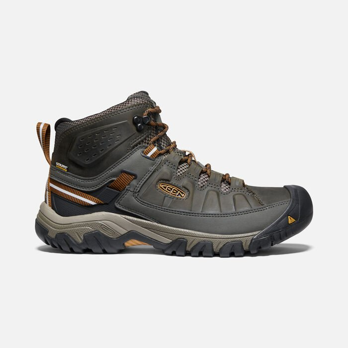 Men's Targhee III Waterproof Mid in BLACK OLIVE - large view.