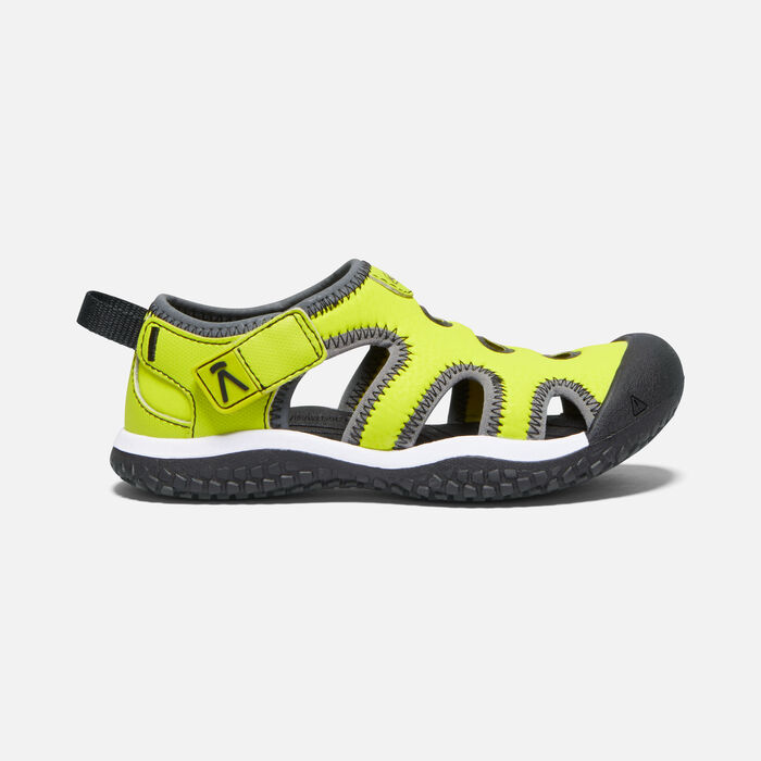 Little Kids' Stingray Sandal in Evening Primrose/Black - large view.