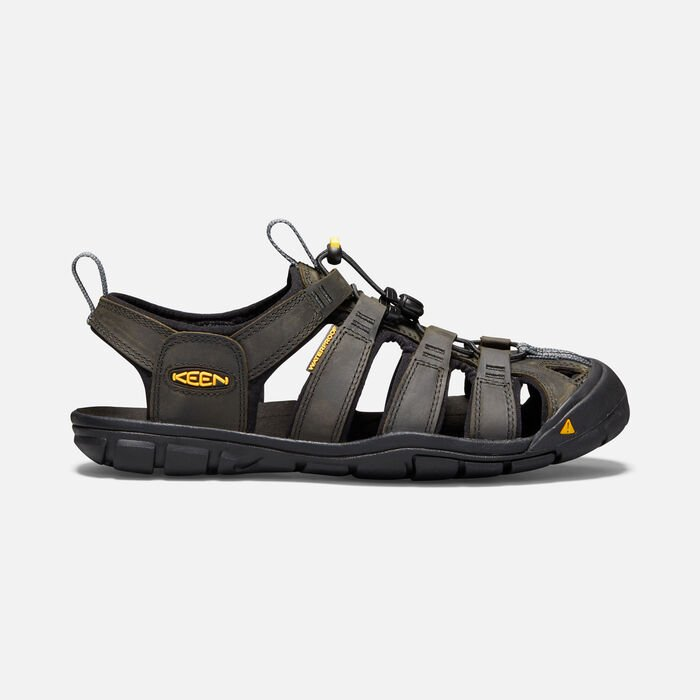 Men's Clearwater Leather Cnx Sandals in Magnet/Black - large view.