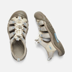 Women's Newport H2 in PLAZA TAUPE/PROVINCIAL BLUE - small view.