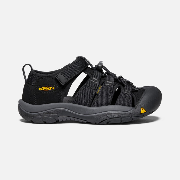 Older Kids' Newport H2 in Black/Keen Yellow - large view.