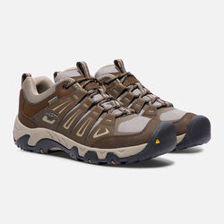 MEN'S OAKRIDGE WATERPROOF HIKING SHOES in Cascade Brown/Brindle - small view.