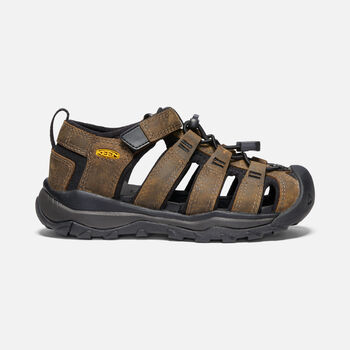 YOUNGER KIDS' NEWPORT NEO PREMIUM SANDALS in DARK BROWN - large view.