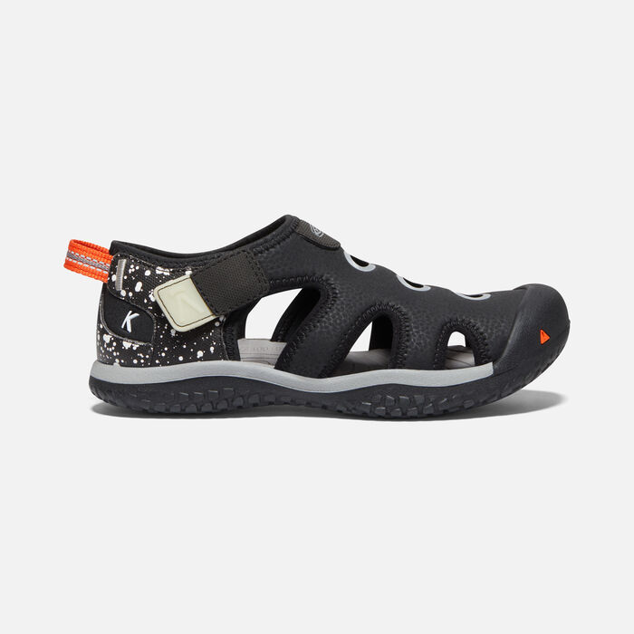 Big Kids' Stingray Sandal in TPS Black Cosmos - large view.