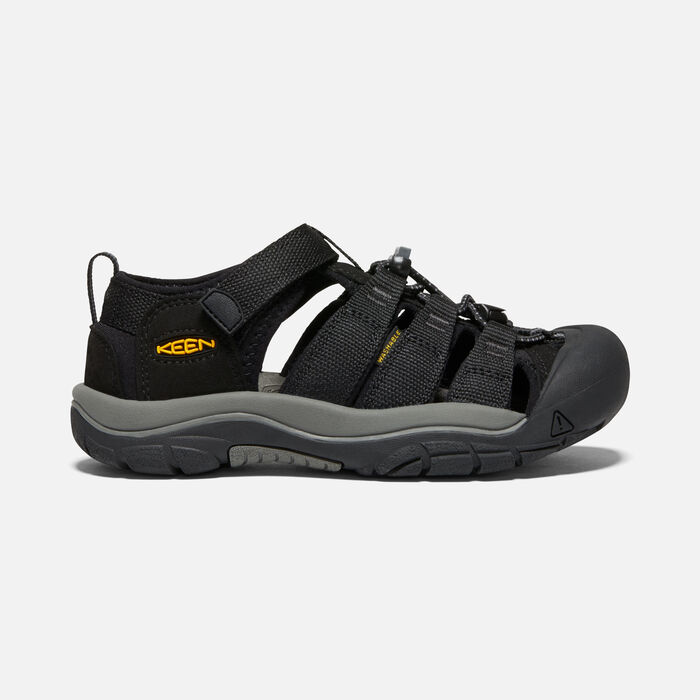 Big Kids' Newport H2 in Black/Keen Yellow - large view.