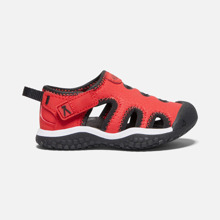 Toddlers' Stingray Sandal in Black/Fiery Red - large view.