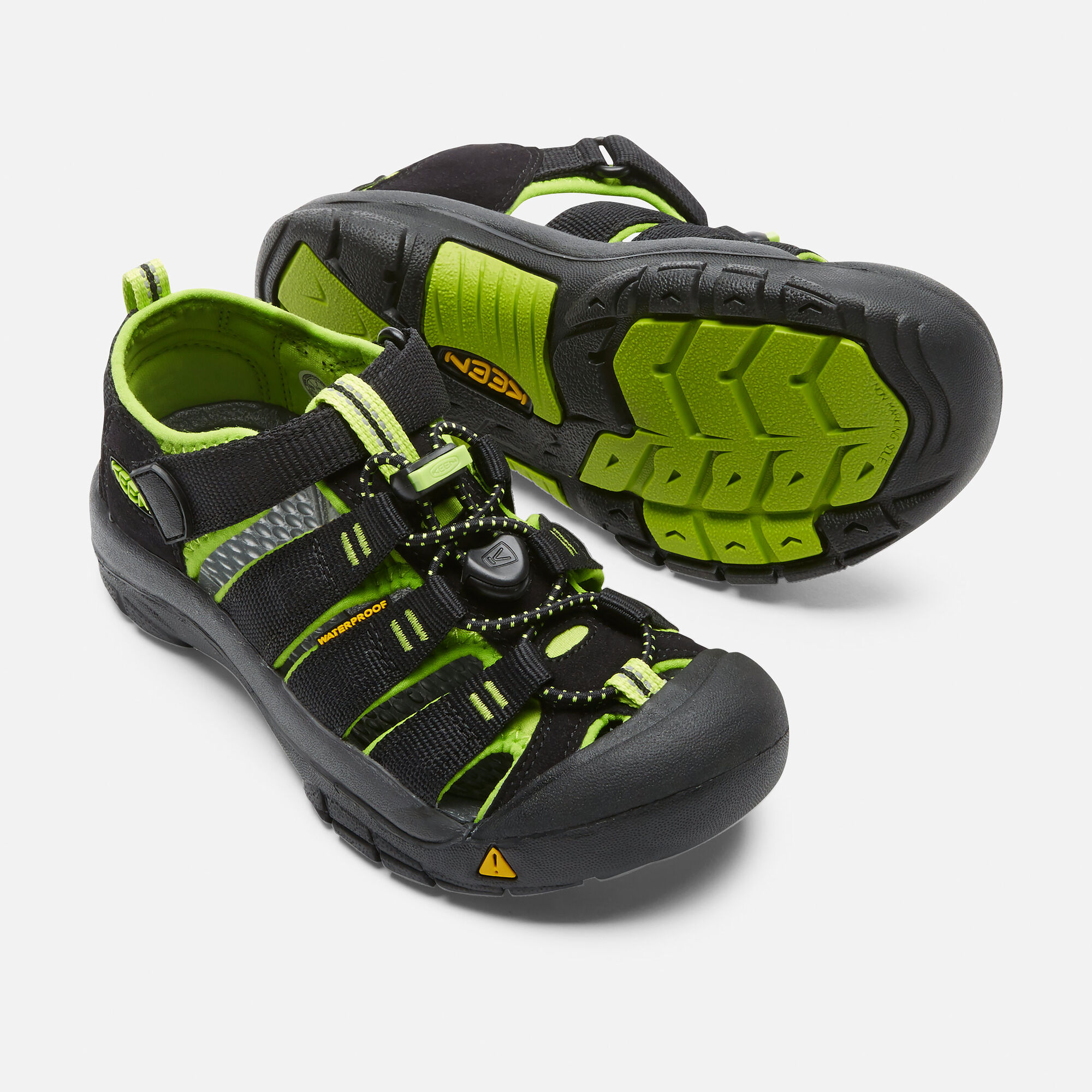 954fd038852d Big Kids  Newport H2 in BLACK LIME GREEN - small view.