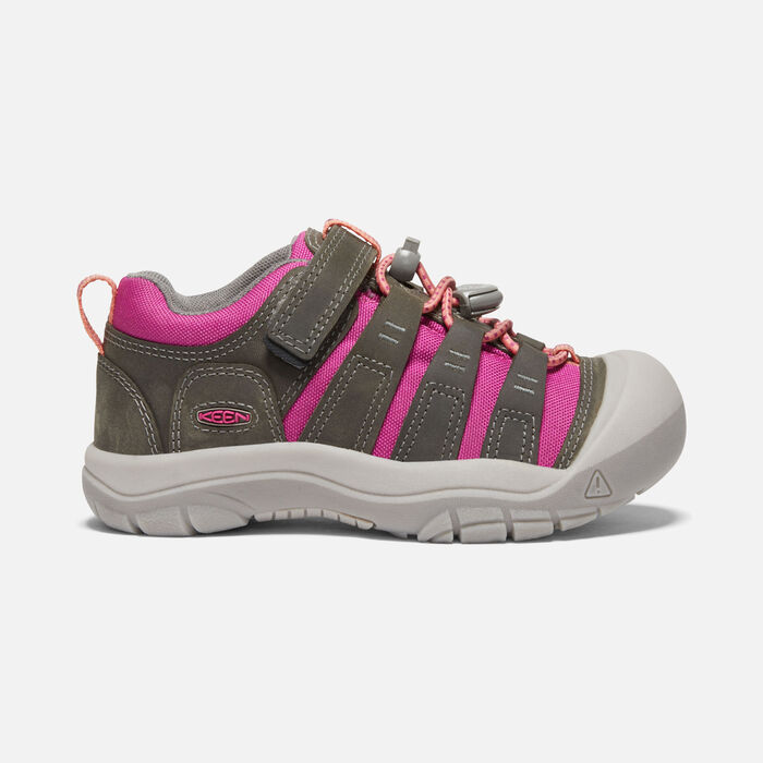 Younger Kids' Newport Shoe in Grey/Very Berry - large view.