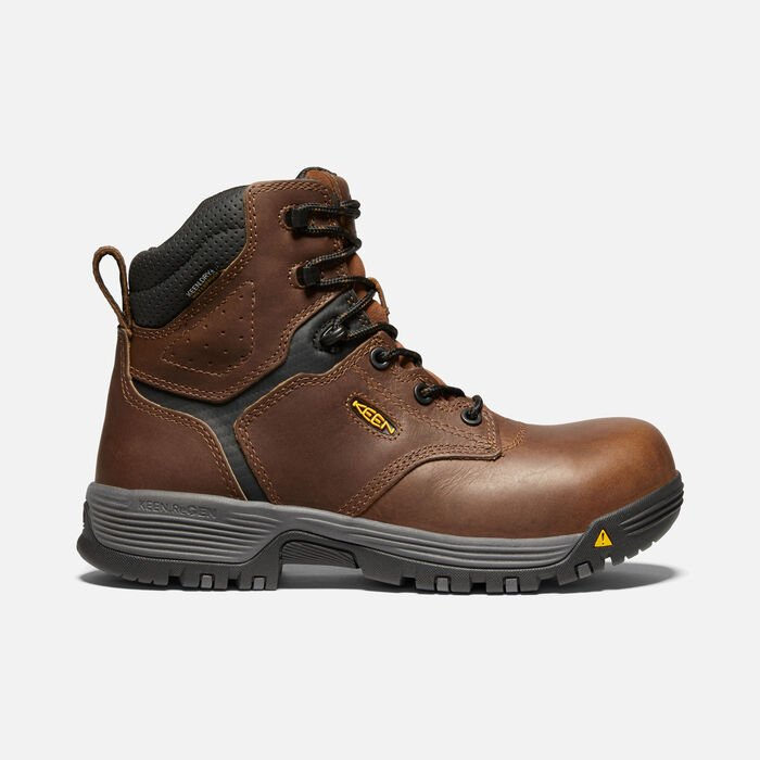 "Women's Chicago 6"" Waterproof Boot (Carbon-fiber Toe) in Tobacco/Black - large view."