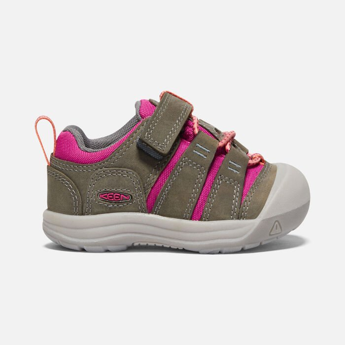 Toddlers' Newport Shoe in Grey/Very Berry - large view.