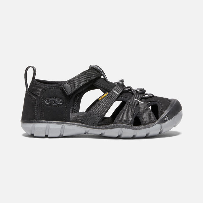 Older Kids' Seacamp II Cnx Sandals in BLACK/STEEL GREY - large view.
